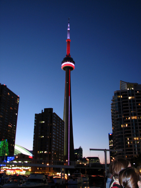 World Travel Photos :: Night views :: Toronto. CN Tower at Night