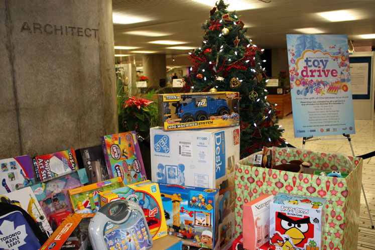 Toronto Photos :: City Hall :: Toronto. A Toy Drive in a City Hall