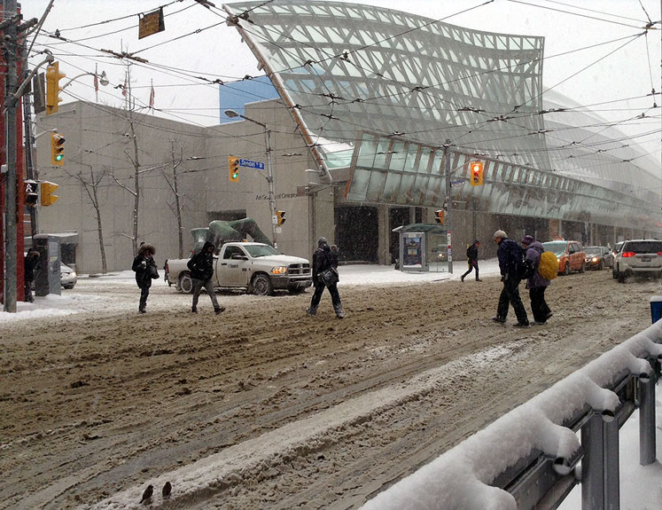 Toronto Photos :: Downtown :: Next to the Art Gallery of Ontario (AGO) - a snow storm