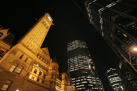 Toronto Photos :: Night views :: Toronto. Old City Hall and commercial buildings