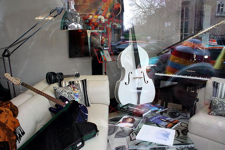 World Travel Photos :: Shop-Windows  :: Toronto. A music shop on Bloor St., downtown