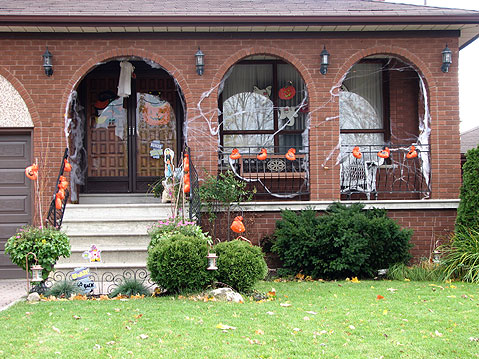 Halloween toronto decorations toronto photos canada n1526 - Halloween decorations toronto ...