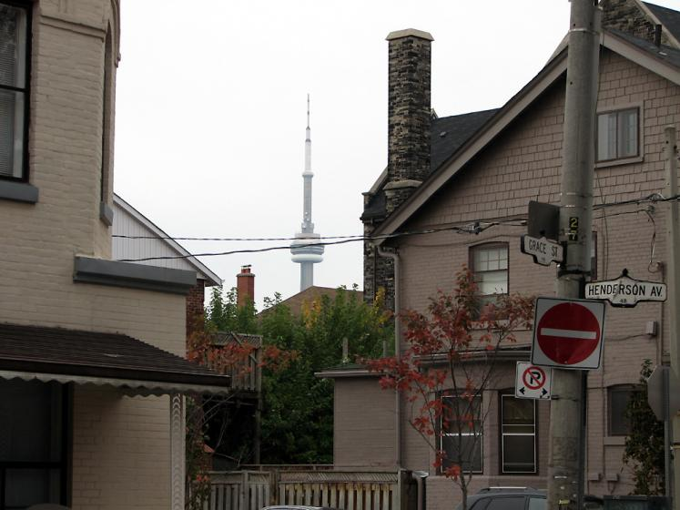 Toronto Photos :: Little Italy :: View on CN Tower from Little Italy