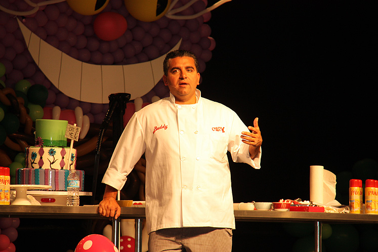 Toronto Photos :: Toronto  Misc :: Buddy Valastro, the Cake Boss at Toronto Baking Show 2013