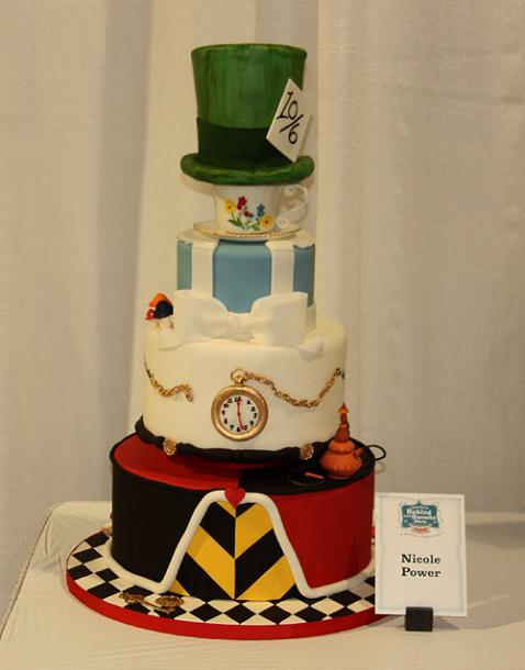 Toronto Photos :: Toronto  Misc :: Canada´s Sweets & Baking Show 2013. Themed cake  - Alice in Wonderland