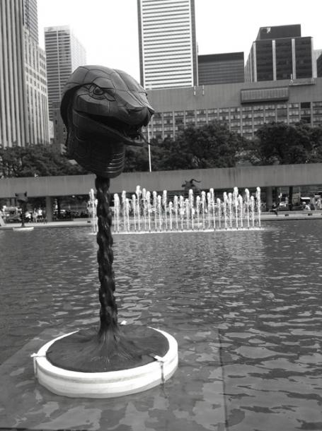Toronto Photos :: Sculptures in the city :: Nathan Phillips Square - sculpture in the fountain - a snake head