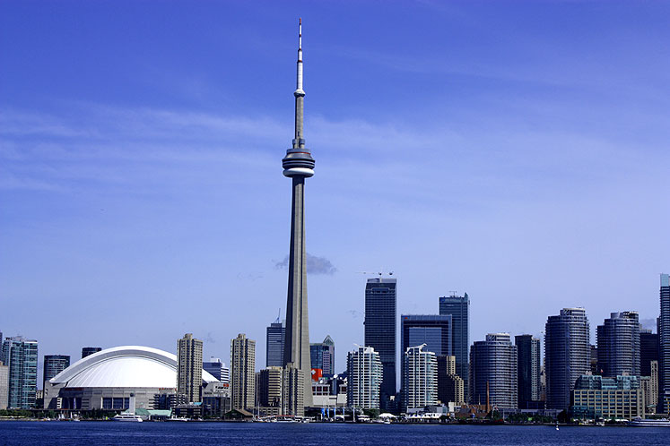 Toronto Photos :: Panoramic views :: Toronto. A view on downtown from a boat